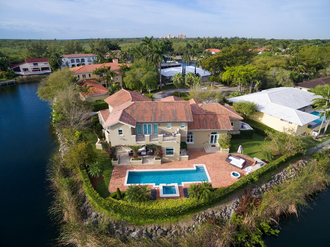 prime real estate water side house