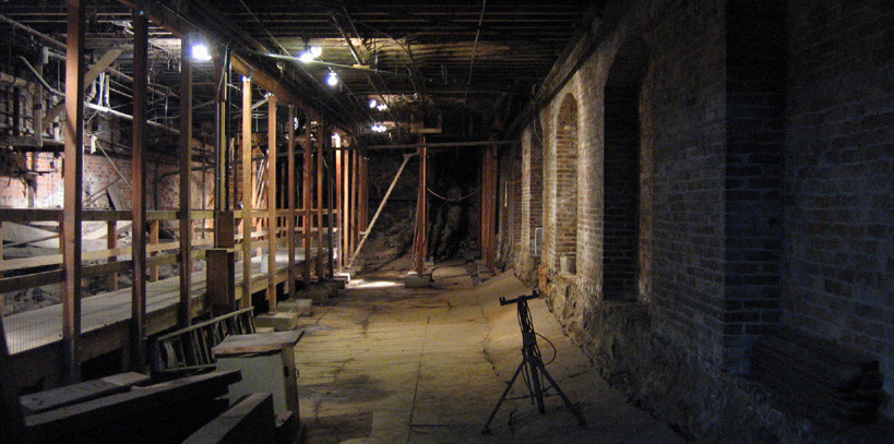 Seattle underground tour dark passage